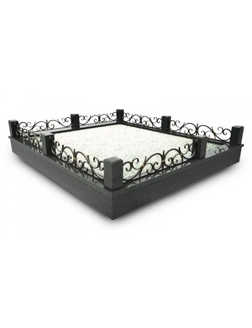 Монтаж оград кованых № КВ3, оформление захоронений с использованием горячей ковки.
